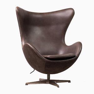 Chaise Œuf Bronze par Arne Jacobsen, années 2000