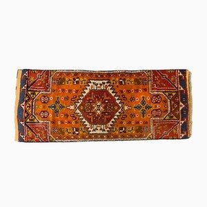 Alfombra de pasillo marroquí vintage de lana, años 60
