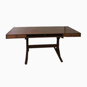 Schreibtisch aus Nussholz von Gianfranco Frattini, 1960er