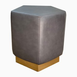 Ermes Pentagon Pouf Mouse in Grey Mousse Leather and Brass Plinth by Casa Botelho
