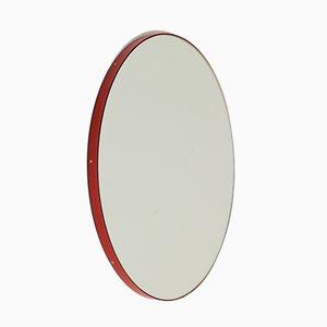 Espejo de pared Orbis pequeño plateado con marco rojo de Alguacil & Perkoff