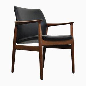 Dänischer Mid-Century Armlehnstuhl mit Gestell aus Teak & schwarzem Ledersitz von Grete Jalk für Glostrup Mobelfabrik