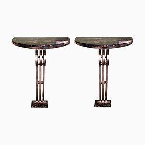Mesas consola de hierro forjado y mármol, años 30. Juego de 2