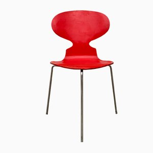 Mid-Century Model 3100 Ant Dining Chair by Arne Jacobsen