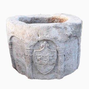 Pozo italiano antiguo hexagonal de piedra