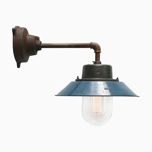 Wandlampe aus blauer Emaille, Gusseisen & Klarglas, 1950er