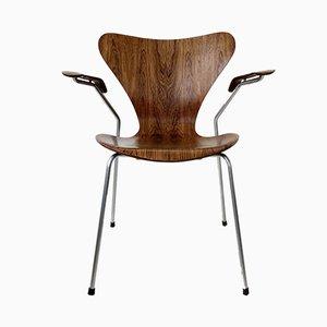 Butaca nº 3207 de palisandro de Arne Jacobsen para Fritz Hansen, años 50