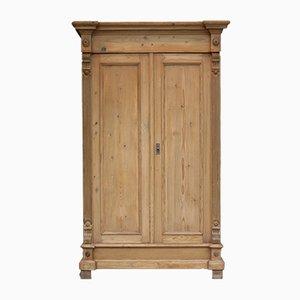 Antiker Schrank aus Weichholz