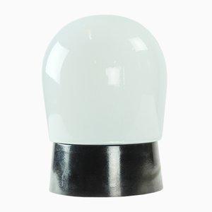 Lampada da tavolo in vetro opalino bianco di Elektrosvit, anni '50