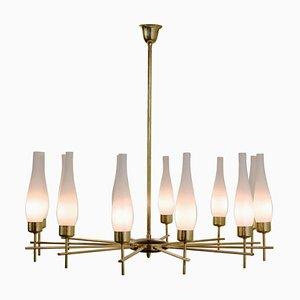 Lámpara de techo italiana vintage de latón y vidrio opalino, años 60
