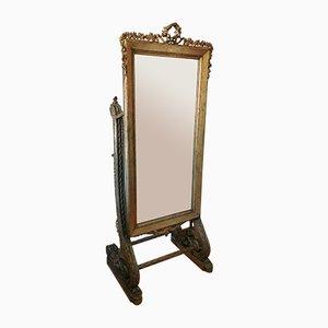 Espejo de pie tallado antiguo de madera dorada