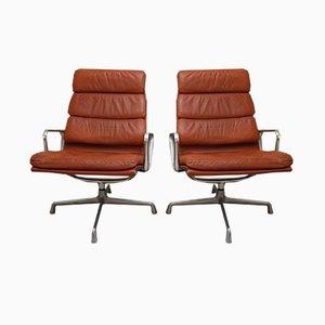 EA 116 Drehsessel mit cognacfarbenen Lederbezügen von Charles & Ray Eames für Herman Miller, 1970er, 2er Set