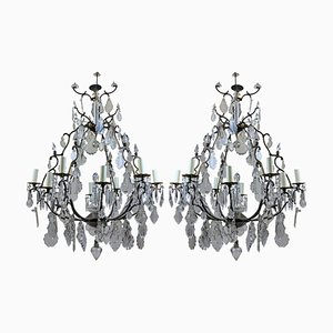 Lámparas de araña francesas grandes de bronce y cristal tallado, años 50. Juego de 2