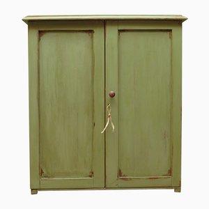 Alacena antigua pintada en verde