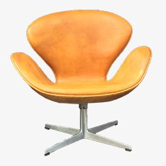 Cognac Leather Swan Chair by Arne Jacobsen for Fritz Hansen, 1968