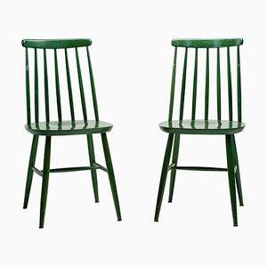 Grüne Mid-Century Esszimmerstühle von Ilmari Tapiovaara, 2er Set