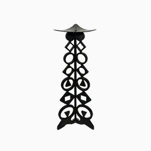Candelabro grande de hierro fundido, años 60