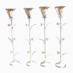 Lámparas de pie francesas Mid-Century blancas de metal perforado, años 50. Juego de 4