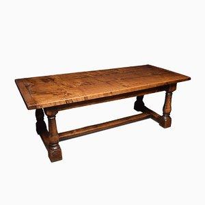 Mesa de comedor antigua de roble