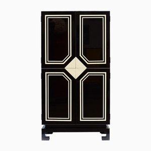 Mueble vintage en blanco y negro