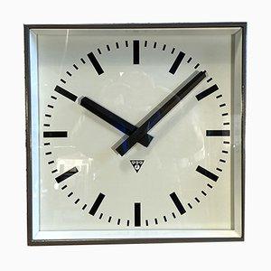 Reloj de pared grande gris de Pragotron, años 60