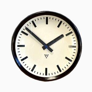 Grande Horloge Murale d'Usine Industrielle en Bakélite de Pragotron, 1960s