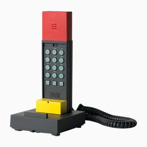 Telefono Enorme di Ettore Sottsass, anni '80