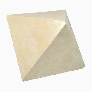 Tavolino in quarzo bianco con intarsi di Ginger Brown