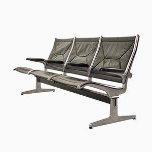 Panca da aeroporto a tre posti in pelle nera di Charles & Ray Eames per Herman Miller, 1962