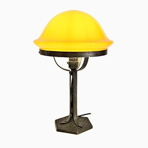 Schwedische Jugendstil Tischlampe aus Schmiedeeisen & Glas, 1920er