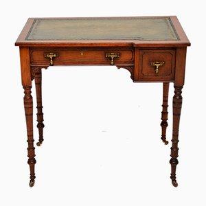 Antiker viktorianischer Schreibtisch aus Nussholz