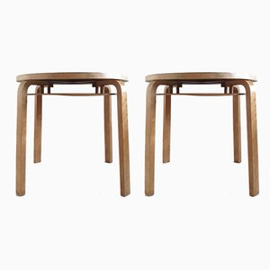 Tavolini nr. 907 impilabili di Alvar Aalto per Artek, anni '40, set di 2