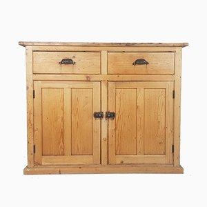 Alacena victoriana antigua de madera de pino