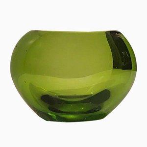 Jarrón corazón de vidrio verde de Per Lütken para Holmegaard, años 50