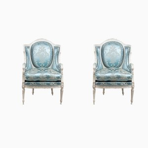 Louis XV Armlehnstühle mit grau lackiertem Holzgestell, 2er Set