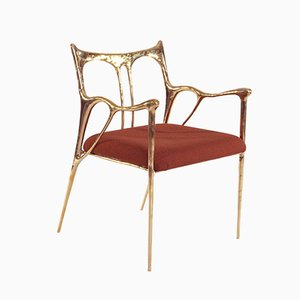 Stuhl mit geformtem schwarzem Messinggestell von Misaya