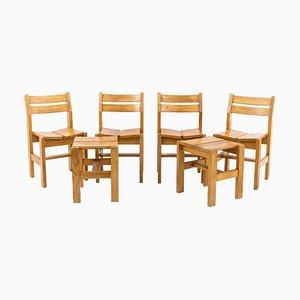 Juego de sillas auxiliares y taburetes de madera de pino de Charlotte Perriand, años 60