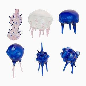 Esculturas Li de formas huecas de vidrio soplado de Dima Srouji. Juego de 6