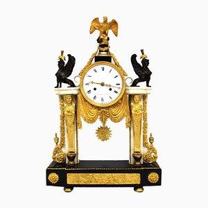 Reloj Luis XIV antiguo de bronce dorado y mármol