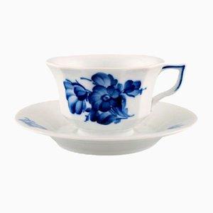 Kaffeetasse & Untertasse mit blauem Blumenmotiv von Royal Copenhagen, 1950er