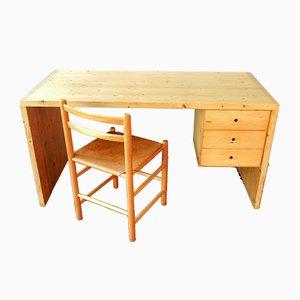Niederländischer Schreibtisch & Stuhl aus Kiefernholz von Ate van Apeldoorn für Houtwerk Hattem, 1970er, 2er Set