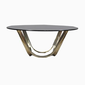 Tavolino da caffè vintage in ottone e vetro fumé di Roger Sprunger per Dunbar