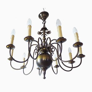 Lámpara de araña flamenca estilo renacentista grande de latón, años 50