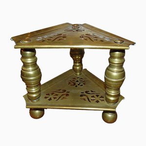 Mesa auxiliar antigua de latón
