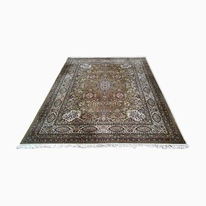 Großer orientalischer Mid-Century Teppich