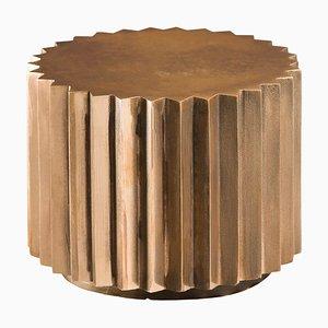 Tavolino Doris sfaccettato in bronzo di Fred & Juul