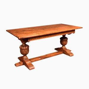 Mesa de refectorio antigua de roble tallado