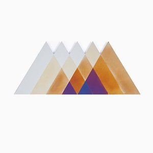 Espejo Transience grande triangular de Lex Pott & David Derksen para Transnatural Label