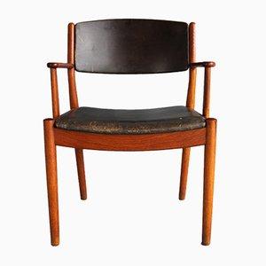 Dänischer J62 Armlehnstuhl aus Eiche von Poul Volther für FDB, 1963
