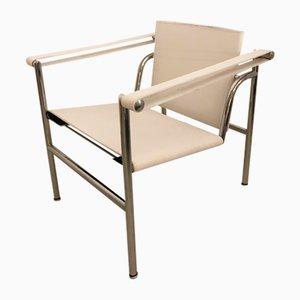 Weißer italienischer Armlehnstuhl von Le Corbusier für Cassina, 1977